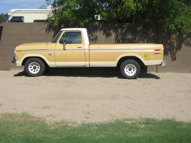 1974 Ford F100 with 360FE engine