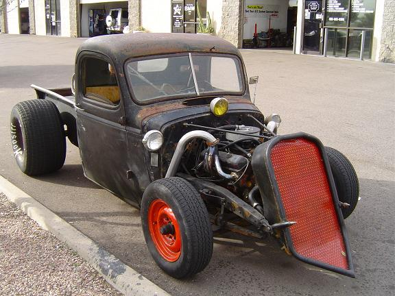 Dual fuel kit on rat rod